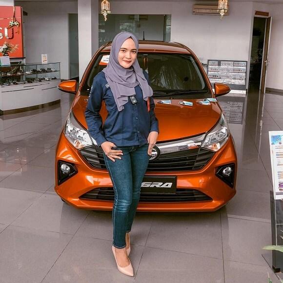 Profile Sales KIKI Di Dealer Daihatsu Jember